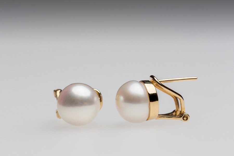 white yellow clip set jane with earrings jewellery brown shop carat pearl janebrown in french pearls stud gold