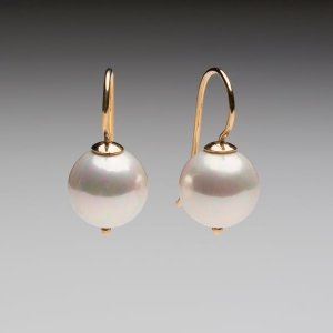 SEASHELL PEARL EARRINGS - YELLOW GOLD