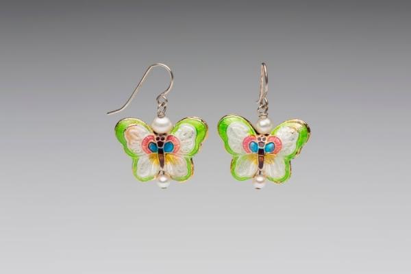 ENAMEL & PEARL EARRINGS - LIME GREEN