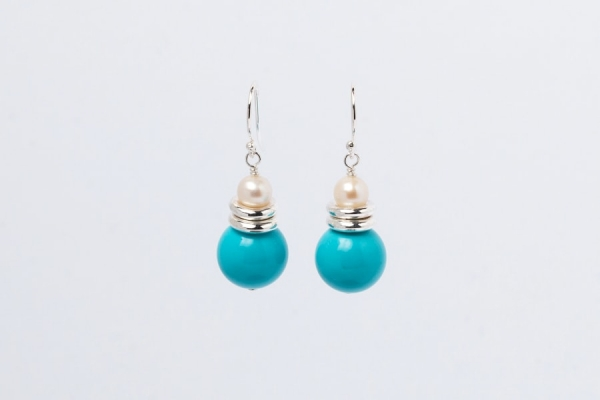 TURQUOISE AND PEARL EARRINGS - TWO RINGS