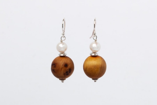 WOODEN BEAD AND PEARL EARRINGS