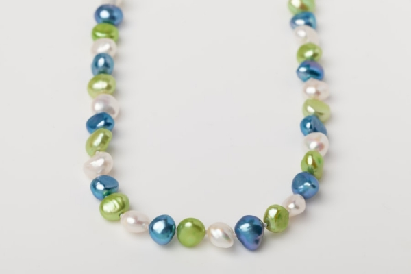 APPLE GREEN, SKY BLUE AND WHITE POTATO PEARL LOOP NECKLACE