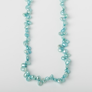 TIP DRILLED AQUA BLUE PEARL LOOP NECKLACE