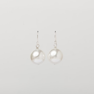 WHITE SEASHELL PEARL EARRINGS - 14MM