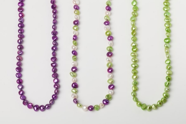 MAGENTA, WHITE AND APPLE GREEN POTATO PEARL LOOP NECKLACES
