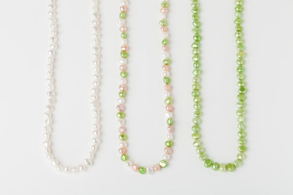WHITE, PINK AND APPLE GREEN POTATO PEARL LOOP NECKLACES