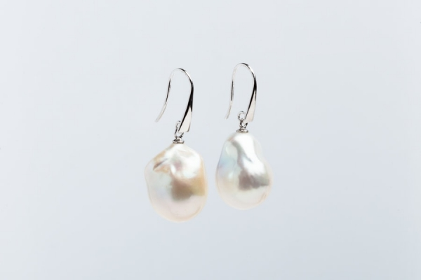 WHITE FIREBALL PEARL EARRINGS WITH STERLING SILVER AND WHITE GOLD PLATED HOOK