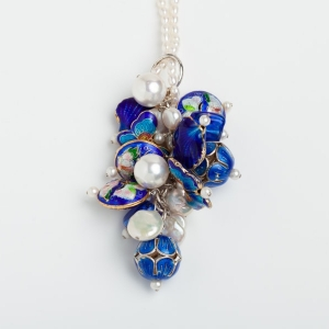 PEARL CHARM NECKLACE WITH ROYAL BLUE ENAMEL BEADS