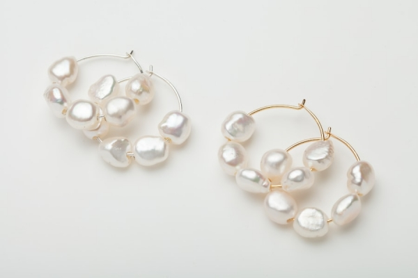 STERLING SILVER & GOLD PLATED HOOP EARRINGS - 5 FRESHWATER PEARLS